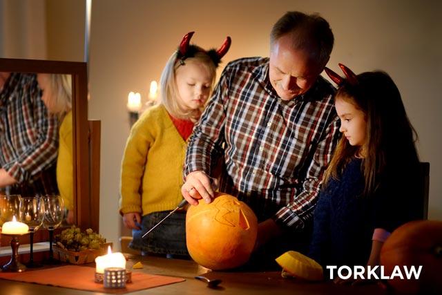 Halloween injuries-pumpkin carving
