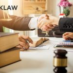 personal injury attorney - consultation