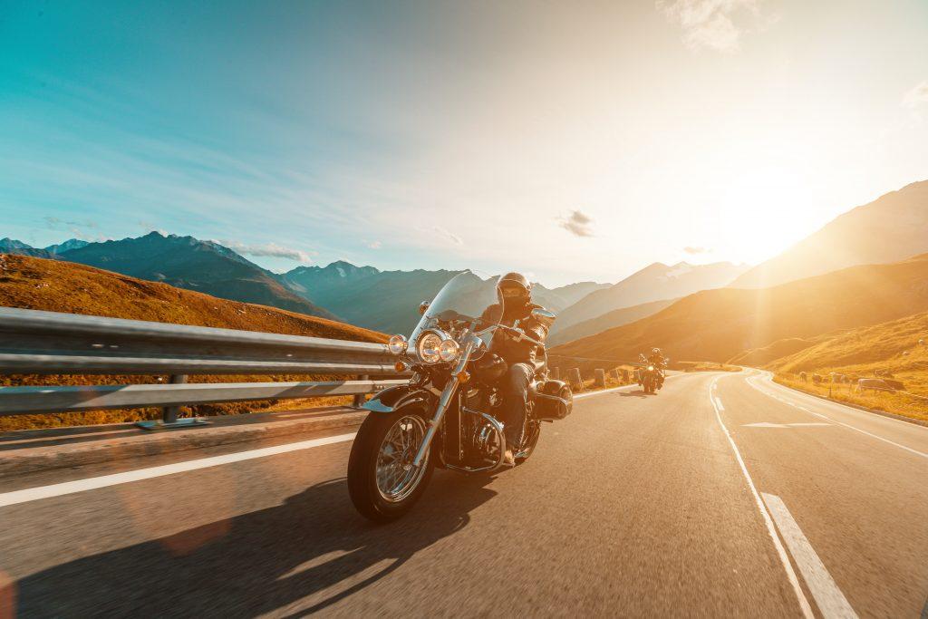 Longitudinal Joints, motorcycle rider