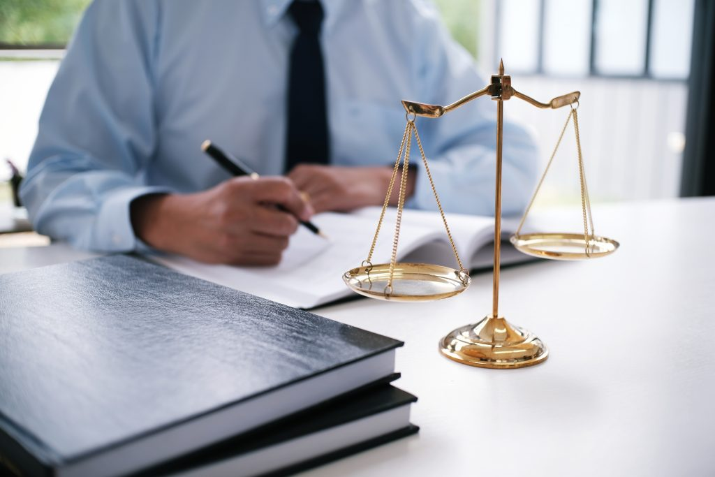 Legal,Counsel,Presents,To,The,Client,A,Signed,Contract,With