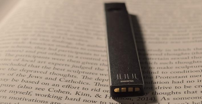 vaping risks - JUUL